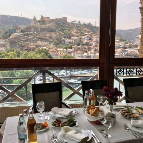 Поощрительняа поездка в Тбилиси