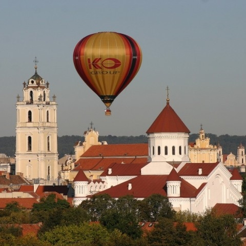 Over Vilnius in the balloon