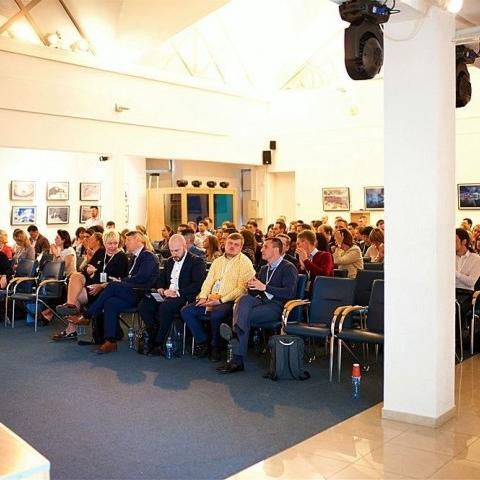 Цикловое совещание сотрудников компании Jonson&Jonson